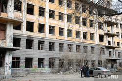 Александр Высокинский в Зеленой роще. Екатеринбург, заброшенная больница, больница