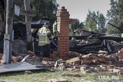 Последствия взрыва газа в жилом доме по ул. Набережная в посёлке Боровский. Тюмень, мчс, осколки, обломки, руины, последствия взрыва газа