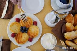 Иллюстрации, разное, перекус, завтрак, сырники, ягоды, еда