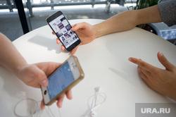 Интервью с Юсси Улкуниеми. Екатеринбург, смартфон, встреча, разговор, сотовые телефоны, виртуальное общение, диалог