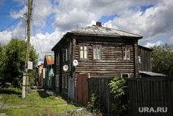 Аварийный дом № 21 по улице Орловская. Тюмень, аварийный дом, ветхое жилье, улица орловская 21