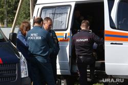 Последствия взрыва газа в жилом доме по ул. Набережная в посёлке Боровский. Тюмень, мчс, свидетели, происшествие, полиция, чс, машина