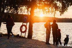 Открытие Огонь Пляжа, закат, лето, вечер, балтым, озеро, водоем