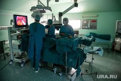 Клипарт. медицина Областная клиническая больница 1. Тюмень, операционная, медицинская техника, хирургия, операция, медицинское оборудование, медицина, врачи, медтехника, монитор, больница, операционный стол, хирург, ЭНДОСКО́П, операционный светильник, karl storz