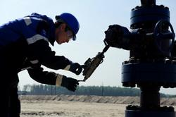 Открытая лицензия на 30.07.2015. Добыча нефти и газа, нефть, нефтедобыча