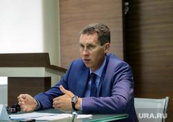 Пресс-конференция заместителя Губернатора Тюменской области Сергея Шустова. Тюмень, шустов сергей