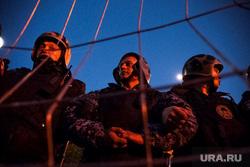 Протесты у сквера. Екатеринбург, росгвардия