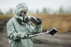 Клипарт Депозитфото, опасная зона, радиация, защитный костюм, выбросы, противогаз, защитная одежда, загрязнение окружающей среды, радиометр