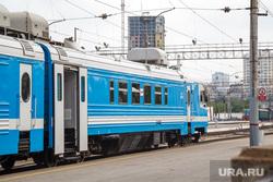 День Свердловской железной дороги в Законодательном Собрании. Екатеринбург, поезд, железнодорожная платформа, электричка