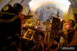 Ночная Пасхальная служба. Екатеринбург, богослужение, церковная служба, рпц, православие