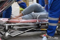 ДТП на пересечении Малышева и Розы Люксембург. Екатеринбург, носилки, дтп, травма, авария, пострадавшая женщина