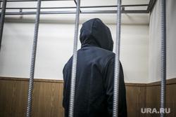 Криминальный авторитет Олег Шишканов на судебном заседании по избранию ему меры пресечения Басманным районным судом г. Москвы. Москва, подследственный, заключенные, решетка, скамья подсудимых, подсудимый, арестант, вор в законе, шишканов олег, шишкан