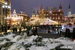 Новогодняя Москва. Москва, новогодняя елка, гим, новый год, иллюминация, государственный исторический музей