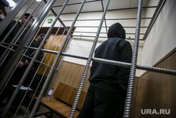 Криминальный авторитет Олег Шишканов на судебном заседании по избранию ему меры пресечения Басманным районным судом г. Москвы. Москва, подследственный, решетка, заключенный, скамья подсудимых, подсудимый, суд, арестант, вор в законе, шишканов олег, шишкан