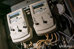 Клипарт по теме ЖКХ. Москва, жкх, проводка, электричество, электроэнергия, показания счетчика, счетчик, щиток, распределительный щит, кз, короткое замыкание, чрезвычайное проишествие