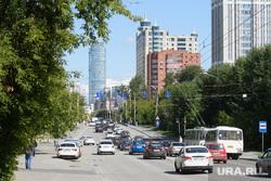 Центр Екатеринбурга перед приездом Владимира Путина, машины, лето, автомобильное движение, улица белинского, дорожное  движение