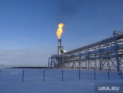 Комиссия ЦИК в Сабетте. Сабетта, природный газ, вышка, труба, арктика, добыча газа
