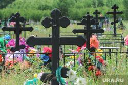 Похороны Вани Котова. Касли, могилы, кресты, кладбище