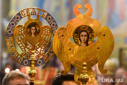 Ночная Пасхальная служба. Екатеринбург, ангел, церковная атрибутика, православие, рпц, херувимы