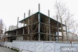 Недострои Тартаковского. Челябинск, недострой около гостиницы малахит, стройка рогозы