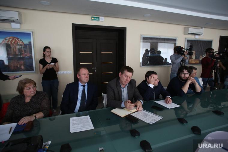 Общественные слушания по поводу развязки в районе поселка Московский. Тюмень