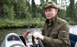 Отпуск Владимира Путина в Тыве, портрет, путин владимир, отпуск, река, рыбалка