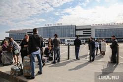 Эвакуация аэропорта Рощино. Тюмень, эвакуация, аэропорт, рощино, пассажиры
