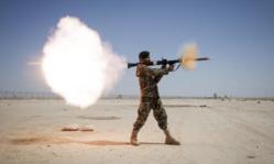 Клипарт pickupimage. miliman, дым, оружие, иностранная армия, выстрел, военный, солдат, базука
