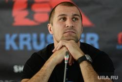 Пресс-конференция с чемпионом мира по боксу по версии WBO Сергеем Ковалевым. Челябинск, ковалев сергей