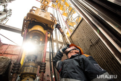 Нефтяная буровая. Ноябрьск, нефть, буровая, нефтяники, добыча нефти, бурильщики, буровая установка
