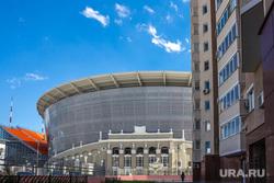 Вокруг стадиона