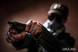 Клипарт по теме Насилие. Москва, убийство, пм, террорист, ограбление, ауе, криминал, преступление, бандитизм, разбой, братки, киллер, оружие, пистолет, макаров, разборки, стрелка, заказное убийство, наемный убийца, молодежные банды