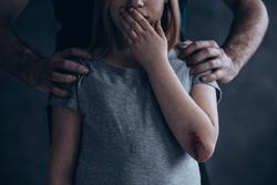 Клипарт depositphotos.com, педофилия, педофил, детское насилие