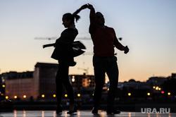 Танцы на набережной Городского пруда. Екатеринбург, закат, хобби, танцы