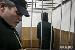 Криминальный авторитет Олег Шишканов на судебном заседании по избранию ему меры пресечения Басманным районным судом г. Москвы. Москва, подследственный, полицейские, решетка, заключенный, скамья подсудимых, судебный пристав, подсудимый, суд, арестант, вор в законе, конвой, шишканов олег, шишкан
