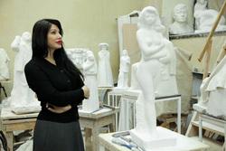 Ирина Текслер в мастерской скульптора Вардкеса Авакяна. Челябинск, текслер ирина