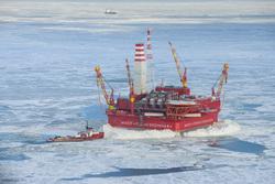 Открытая лицензия на 30.07.2015. Добыча нефти и газа, арктика, нефтедобыча, приразломное, нефтяная платформа, печорское море