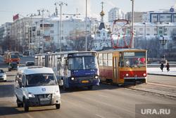 Общественный транспорт Екатеринбурга, трамвай, автобус