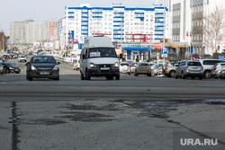 Дороги города через год после замены полотна. Сургут  , проезжая часть