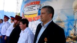 Глава Крыма Сергей Аксенов и британский журналист Грэм Филлипс