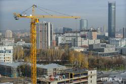 Строительство Екатеринбург-Арены, временная трибуна. Екатеринбург, строительный кран, башня исеть, недвижимость, стройка