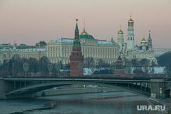 Виды Кремля с Патриаршего моста. Москва, город москва, кремль, большой каменный мост