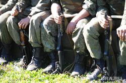 Чебаркульская танковая бригада. Челябинская область., солдаты, оружие
