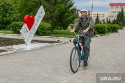 Виды города. Шадринск , велосипедист, город шадринск, я люблю шадринск