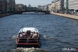 Виды Санкт-Петербурга. Санкт-Петербург, экскурсия, прогулочный катер, река фонтанка, петербург