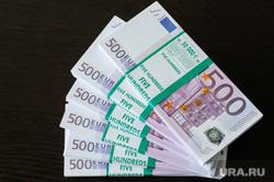 Клипарт по теме Деньги. Взятка. Коррупция. Купюры. Банкноты. Челябинск, деньги, купюры, евро, валюта, взятка, коррупция, пятьсот евро, банкноты, подкуп