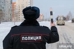 Профилактическое мероприятие «Автобус» Дорожные полицейские проверяют соответствие технического состояния. Курган, маршрутное такси, зима, пазик, автобус, полиция, жезл, гибдд, маршрутка, паз