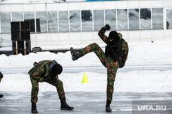 Празднование 23 февраля на реке Тура «Спецоперация лед» и «Битва на Туре». Тюмень , показательные выступления
