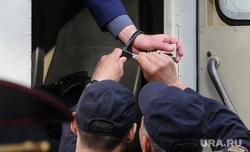 Суд над Олегом Дудко, дело о стрельбе в Тимониченко. Екатеринбург, автозак, охрана, конвой, полиция, перевозка заключенных, наручники, задержание