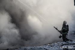 Пожар памятника архитектуры по ул. Семакова 8. Тюмень, мчс, дым, пожар, тушение пожара, пожарные